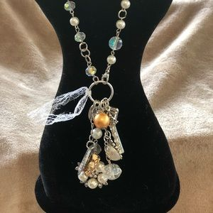 NWT Plunder necklace